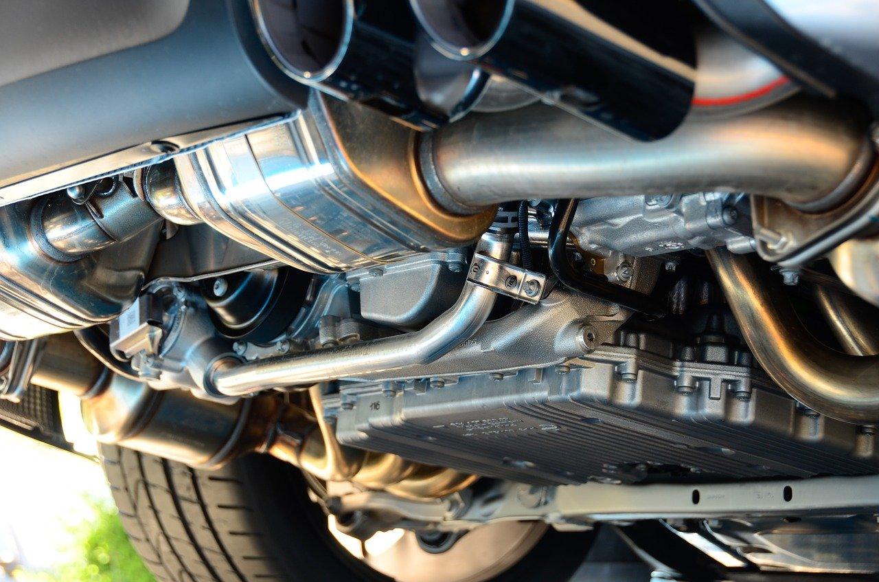 Deteksi Kerusakan Mobil dari Warna Asap Knalpot