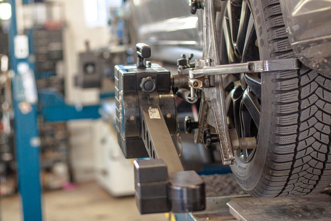 Perawatan Rutin untuk Mobil Agar Performa Selalu Maksimal